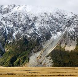http://novzelandiya.ru/img/pages/География Южного и Северного островов